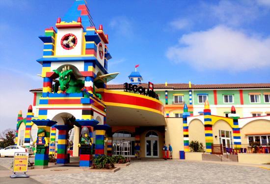 Legoland_hotel_entrance