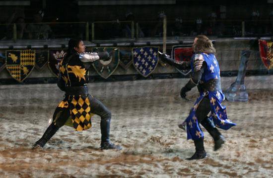 medievaltimes_battleblue