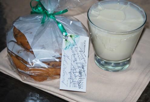 WestinMHR_milkcookies_ad