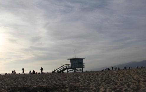 gogo_beach2-495x313