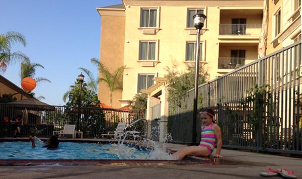 ayres-hotel-orange-pool