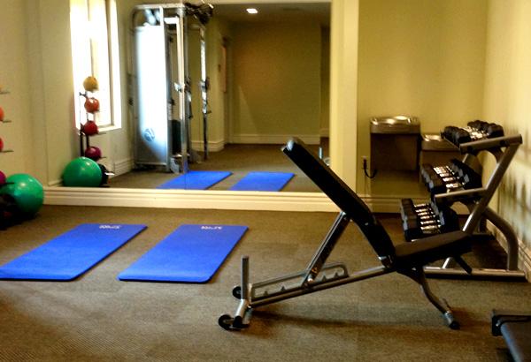 ayres-hotel-orange-workout