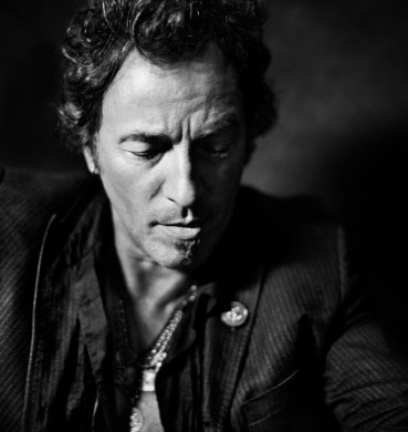 Bruce-Springsteen13957-32-45C-2-369x495