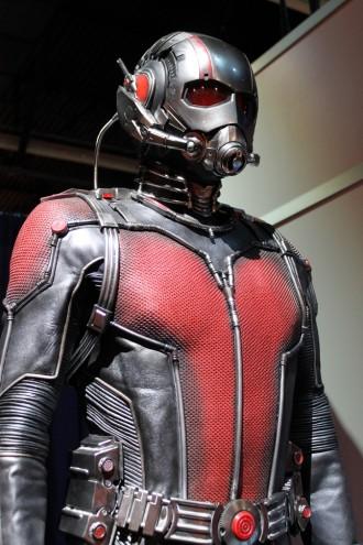 d23_antman_suit