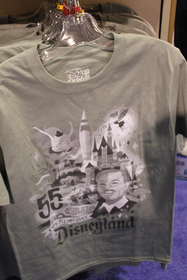 d23_dreamstore_shirt_walt