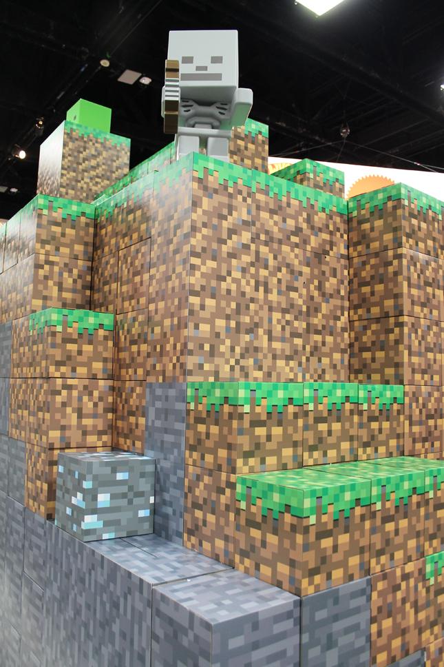mattel_minecraft_booth