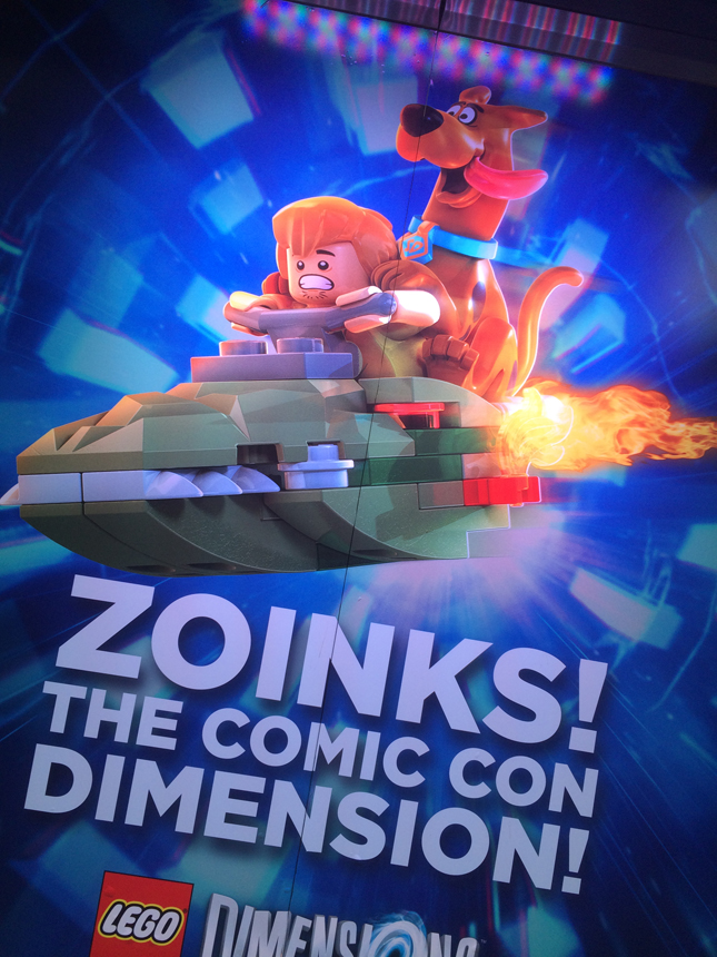 outside_sdcc_legodimensions1