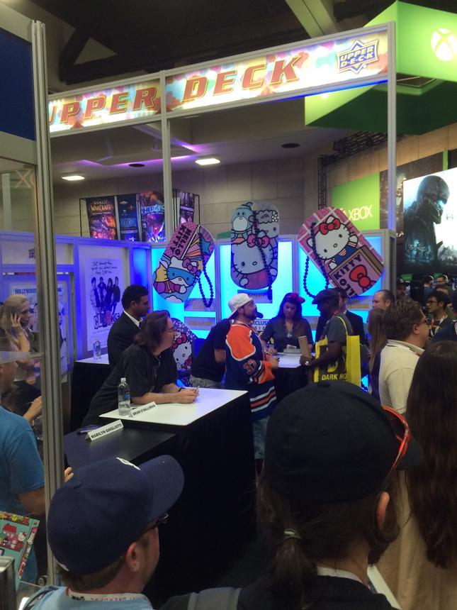 upperdeck_clerks_signing