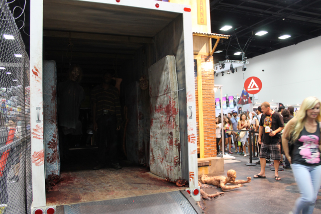 walkingdead_booth1