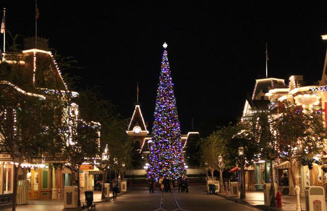 Main Street Disneyland holidays, disneyland