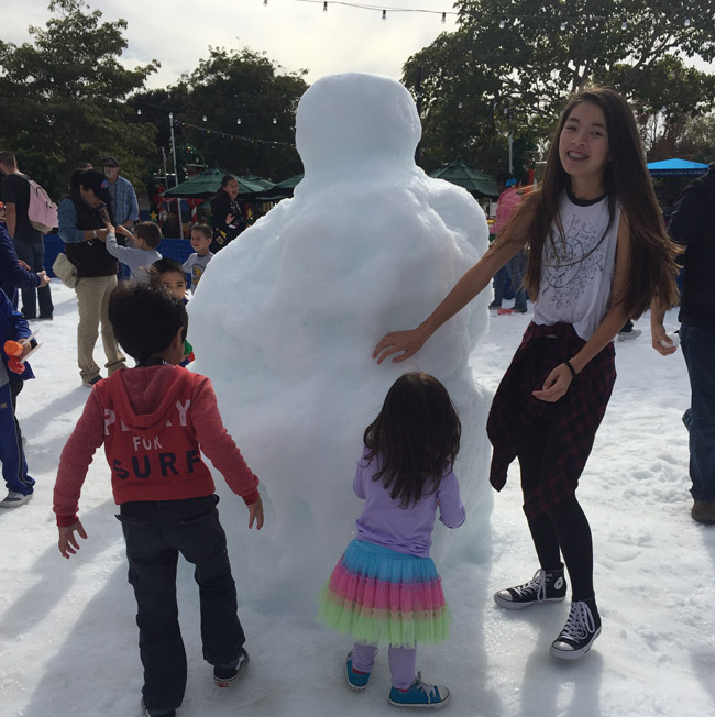 legoland-holiday-snow-2