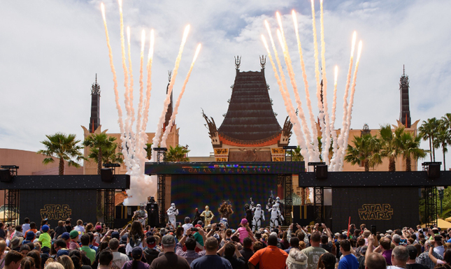 This new live, stage show celebrates iconic moments from the Star Wars saga with live vignettes featuring popular Star Wars characters, such as Kylo Ren, Chewbacca, Darth Vader and Darth Maul. The show takes place multiple times each day at the Center Stage area near The Great Movie Ride. (Todd Anderson, photographer) (PRNewsFoto/Walt Disney World Resort)