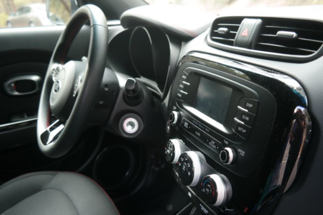 kia soul plus interior 2