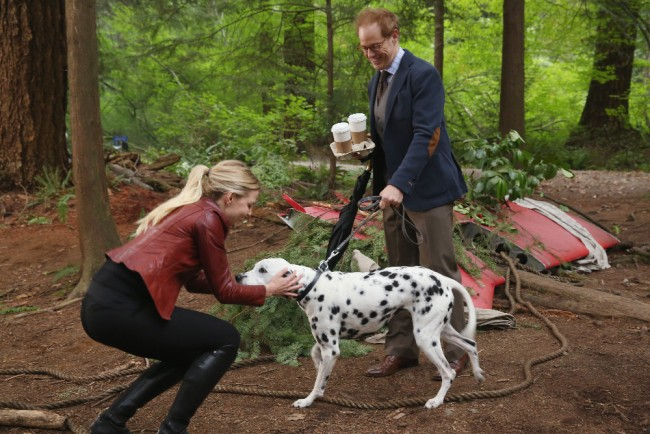 "ONCE UPON A TIME - ""The Savior"" - As ""Once Upon a Time"" returns to ABC for its sixth season, SUNDAY, SEPTEMBER 25 (8:00-9:00 p.m. EDT), on the ABC Television Network, so does its classic villain-the Evil Queen. (ABC/Jack Rowand) JENNIFER MORRISON, RAPHAEL SBARGE"