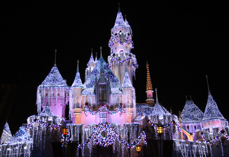 disneyland-holidays-15