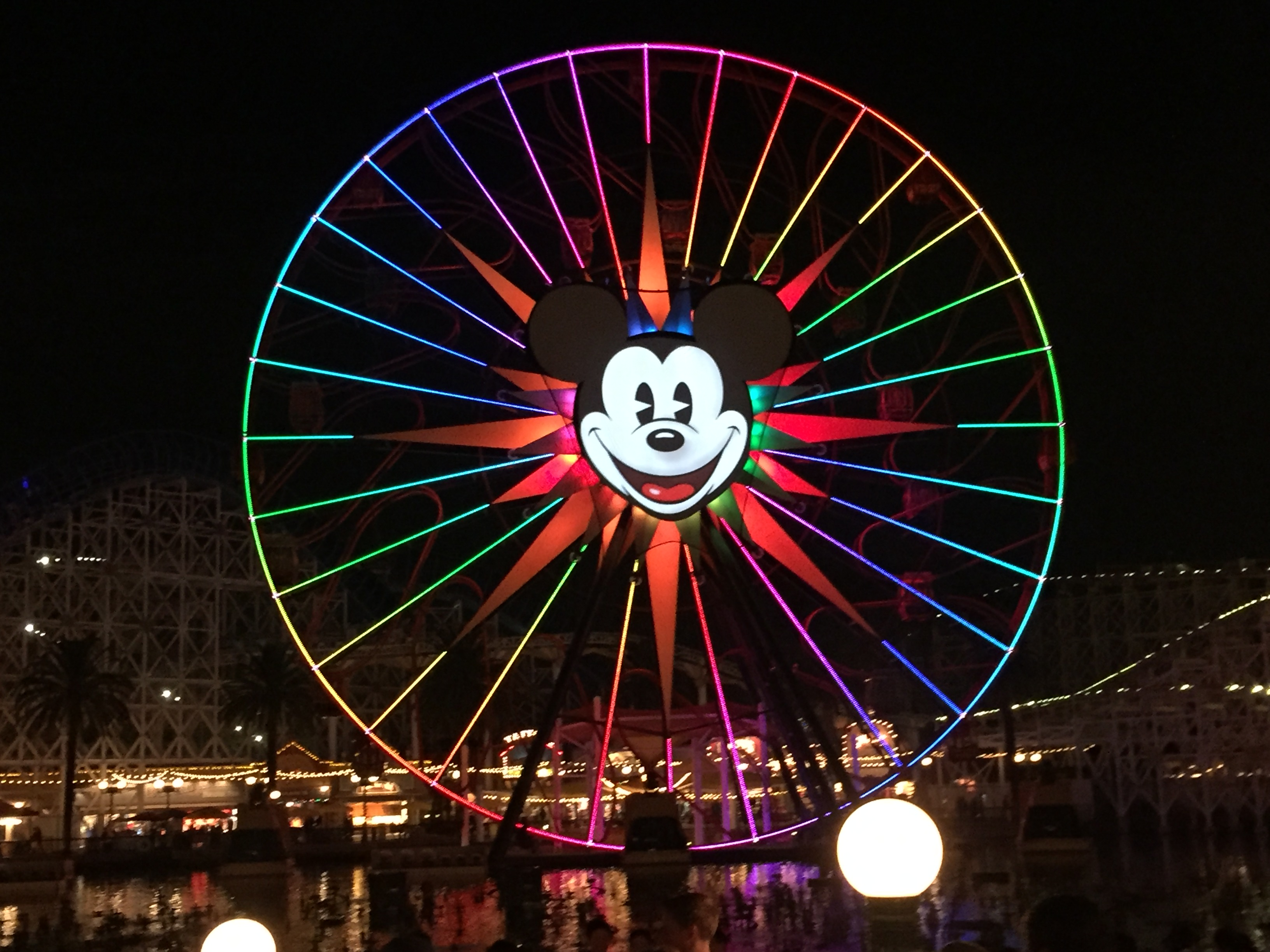 disneyland holidays dca