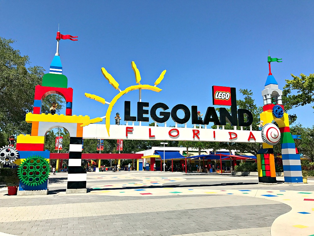 5 Reasons To Stay At LEGOLAND Florida Beach Retreat 11