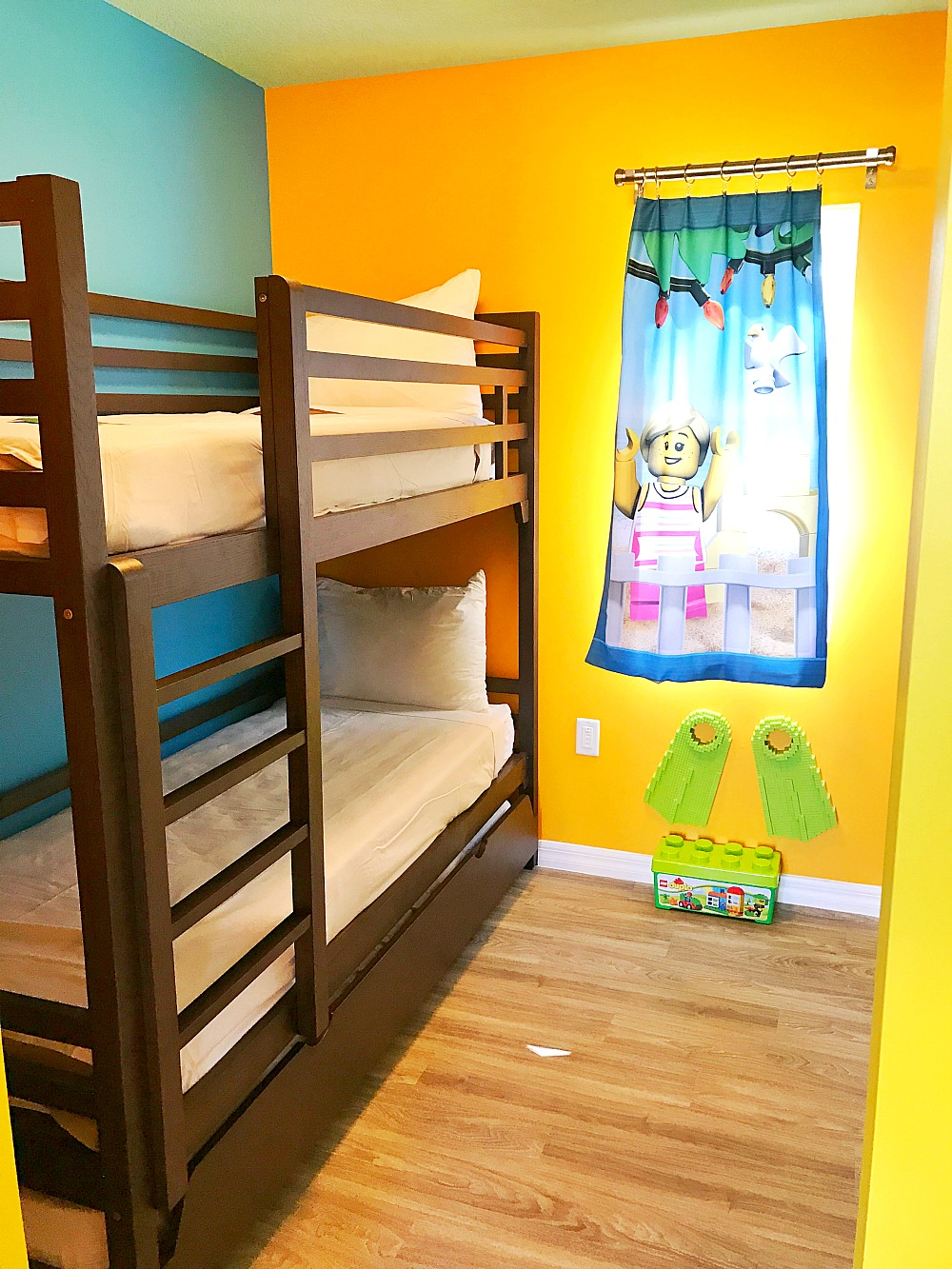 5 Reasons To Stay At LEGOLAND Florida Beach Retreat 4