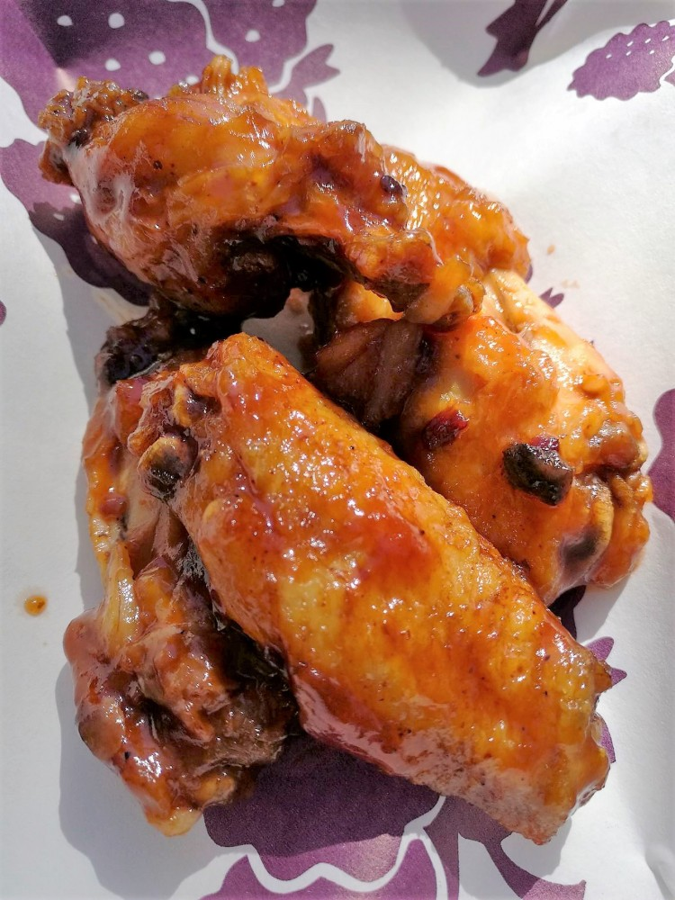 knotts boysenberry festival tasting bbq wings