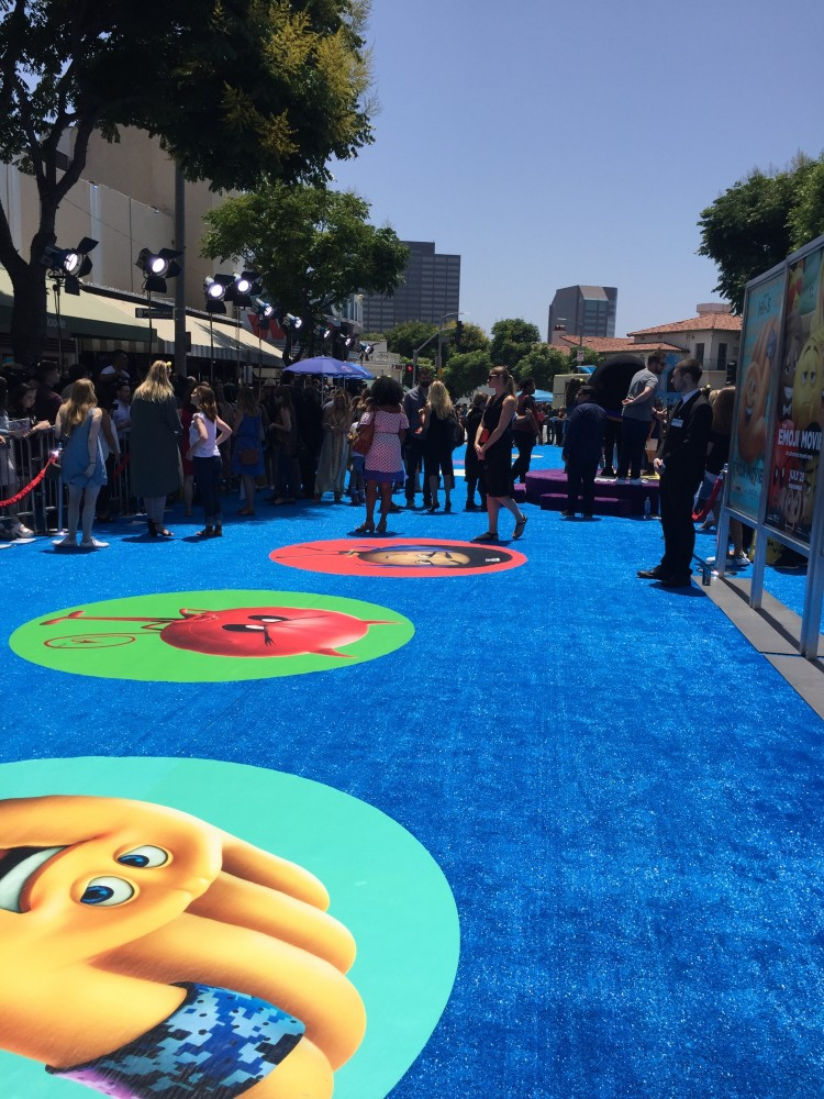 emoji red carpet