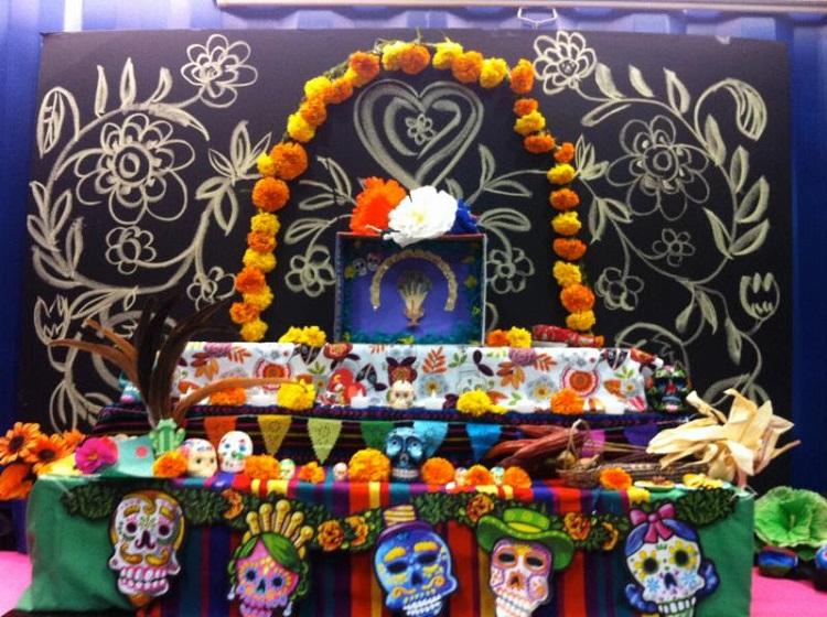 ofrenda, Dia de los Muertos Special Traditions, mexico day of the dead