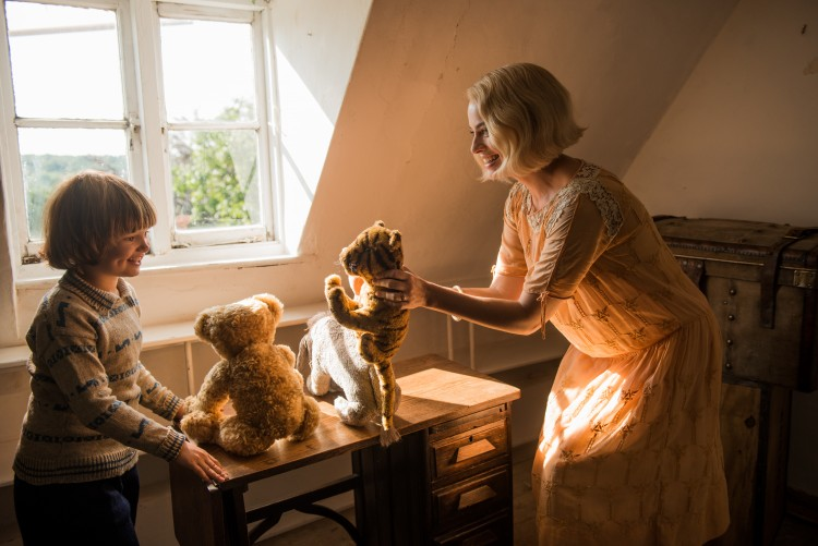 Goodbye Christopher Robin, AA Milne, Winnie the pooh, Margot Robbie