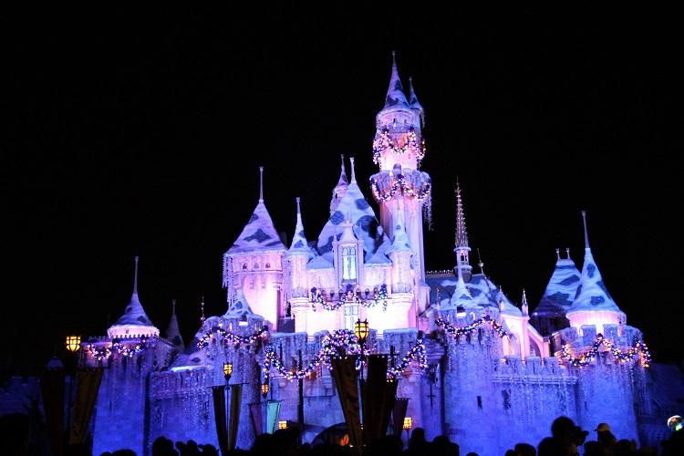 disneyland holidays castle