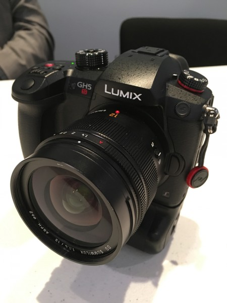 panasonic lumix gh5s 1