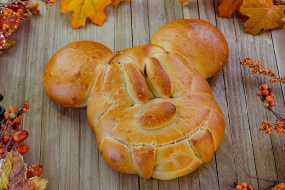 mickey bread with fangs