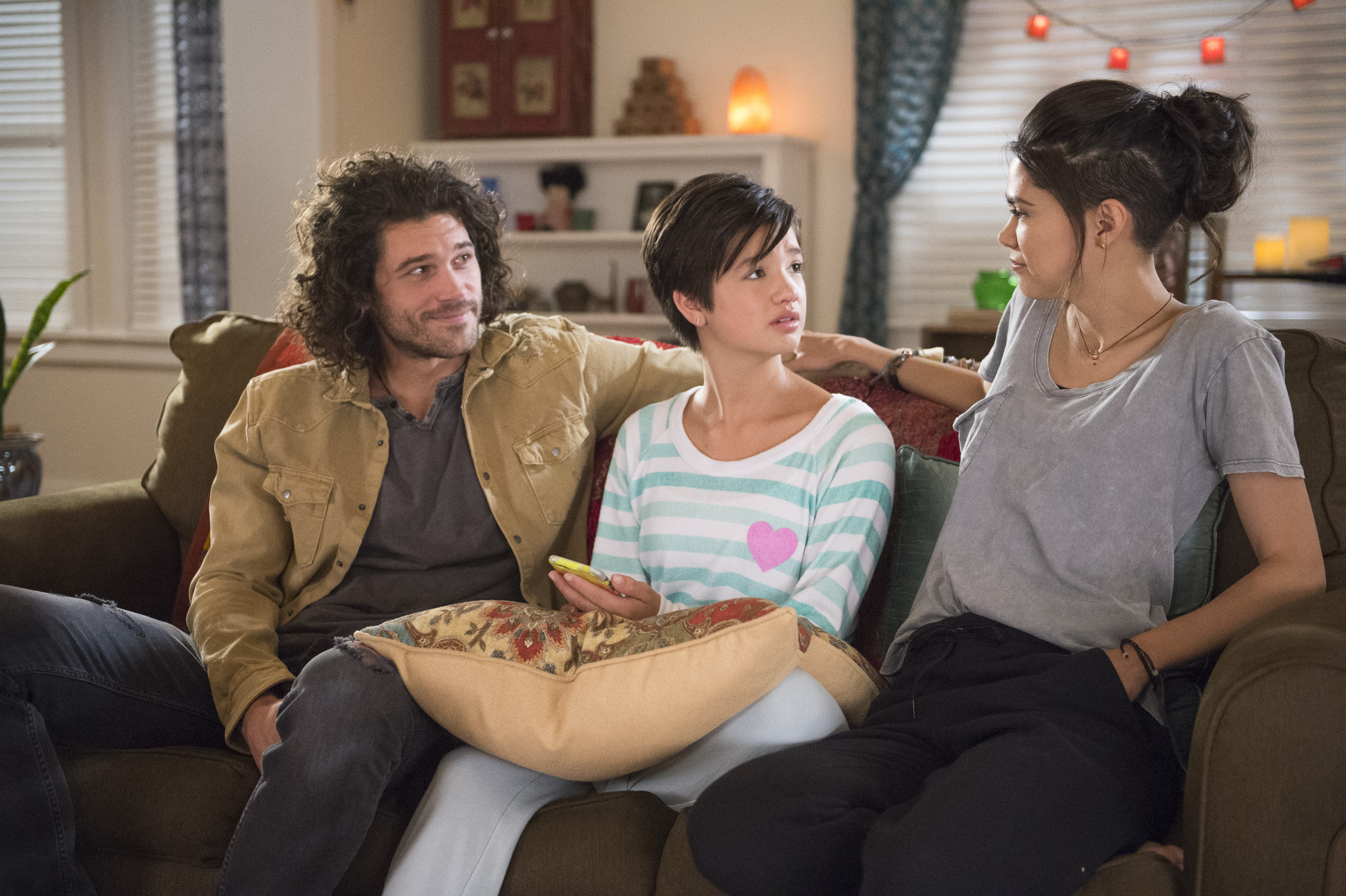 "ANDI MACK - ""The Boys are Back"" - Andi anxiously awaits Jonah's return from summer camp; Andi is surprised to learn who Buffy likes; Bex gives Celia a makeover. This episode of ""Andi Mack"" airs Monday, October 8 (8:00 - 8:30 P.M. EDT) on Disney Channel. (Disney Channel/Fred Hayes) TRENT GARRETT, LILAN BOWDEN, PEYTON ELIZABETH LEE"