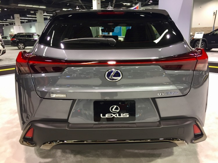 Lexus UX oc auto show 5
