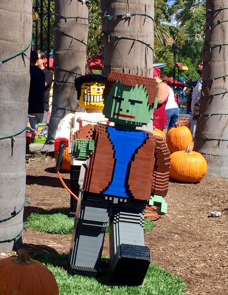 brick or treat legoland 2018 1