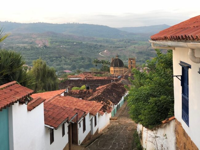 encanto colombia reference trip