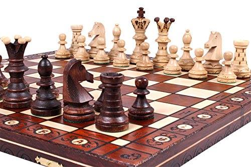 Queen of Katwe, Chess, giveaway chess set