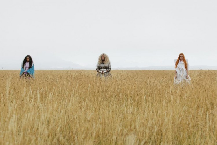 A wrinkle in time, Mindy Kaling, Reese Witherspoon, Oprah Winfrey, Mrs. Whatsit