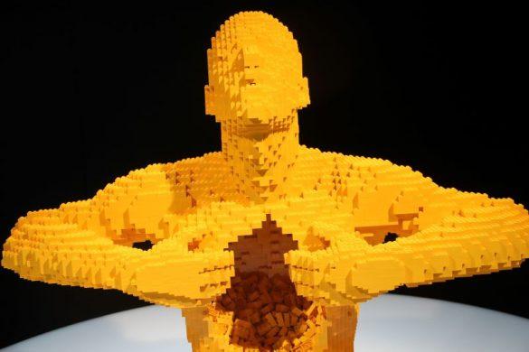 yellow man nathan sawaya